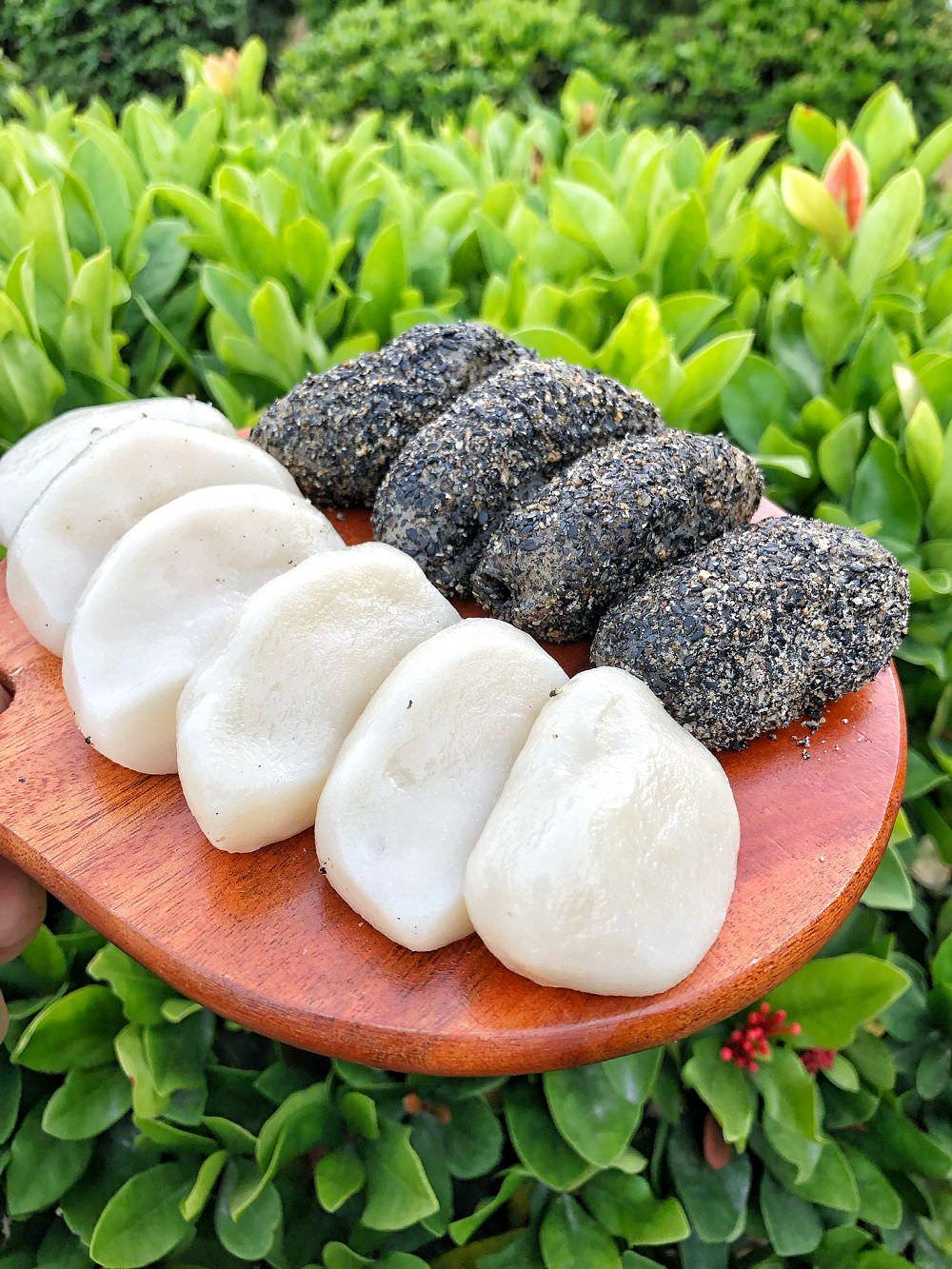 台南小吃【王樓粿品】崇義黃昏市場內的古早味 賣著麻糬/紅龜粿/菜燕/雙糕潤等等傳統點心