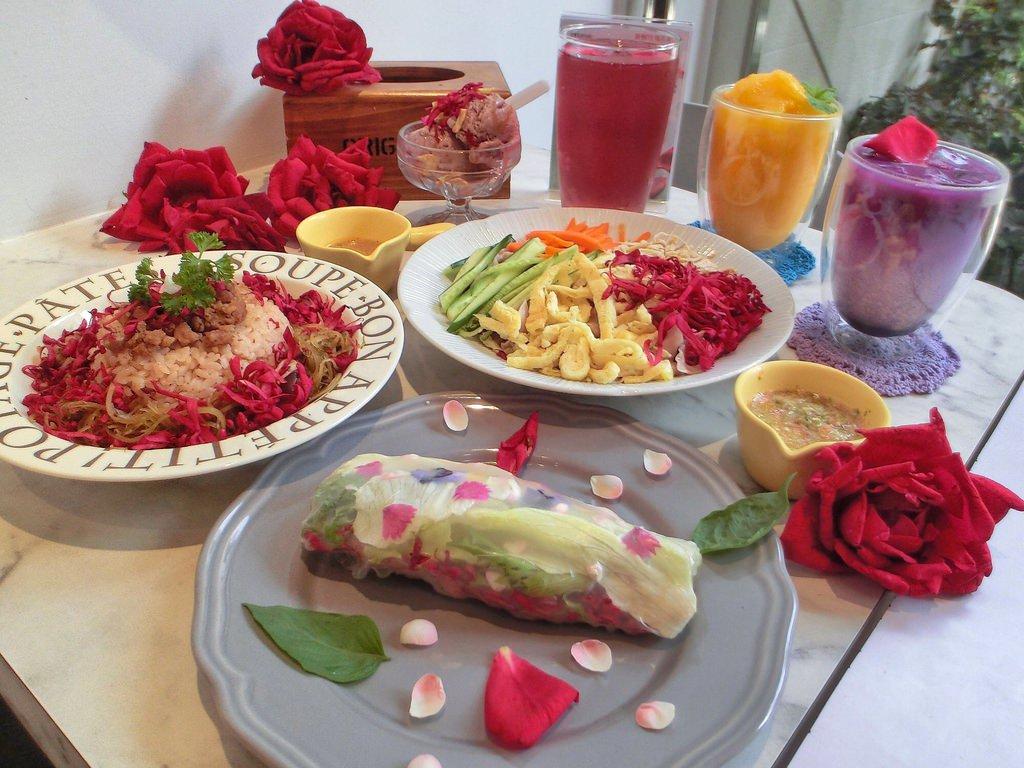 [高雄 ‧ 鼓山區]善廸花廚 有機玫瑰夢幻仙店 整體營造氣氛超殺記憶體